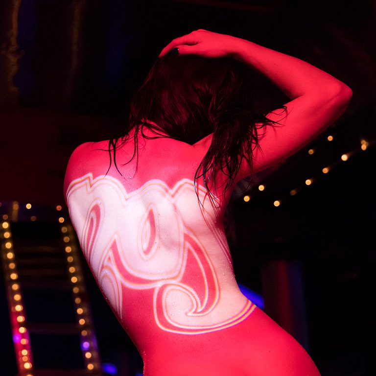 No5 Orange About The Best Exotic Entertainment